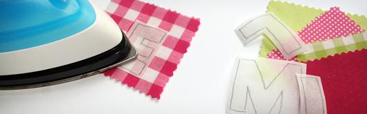 applizieren von bunten buchstaben mit vliesofix kullaloo. Black Bedroom Furniture Sets. Home Design Ideas
