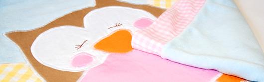Babydecke mit Eulen-Applikation - Artikelbild