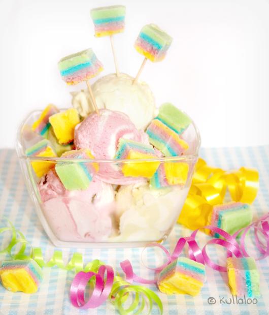 Gefrorene Regenbogen-Joghurtdrops - Eisbecher