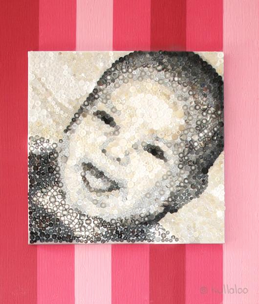 Knopfbild: Ein Portraitbild aus Knöpfen - Bild frontal