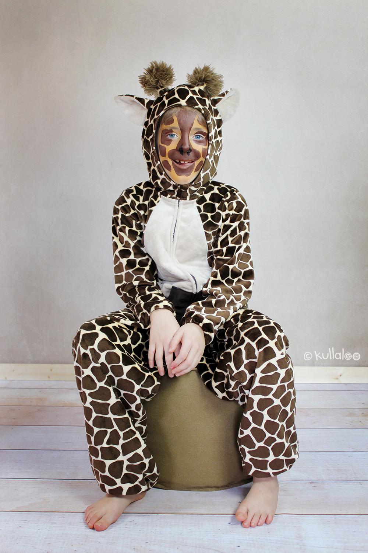 giraffe_sitzend