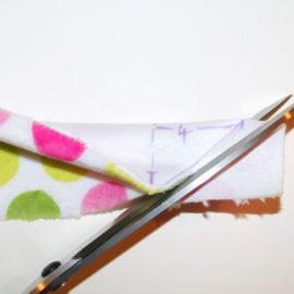 Patchworkdecke Nähanleitung: Rag Puff Quilt nähen - Schritt 2d