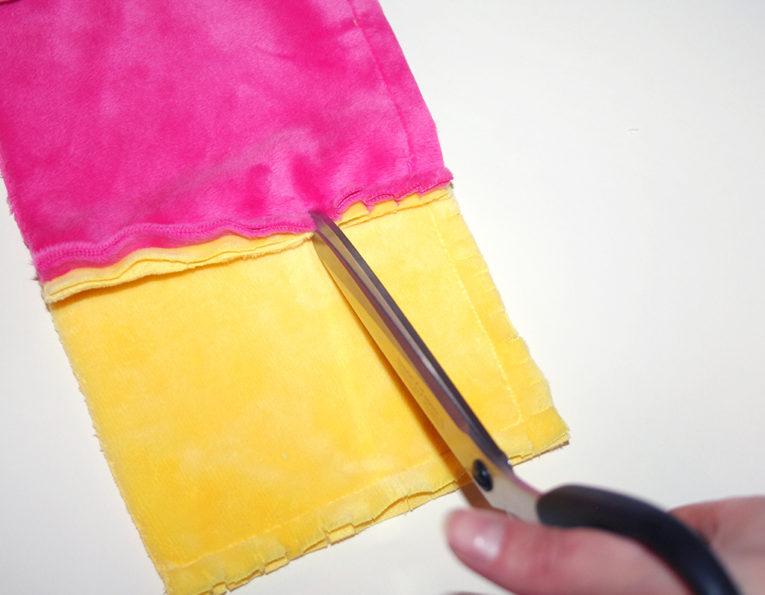 Patchworkdecke nähen: Rag Puff Quilt Nähanleitung - Schritt 4b