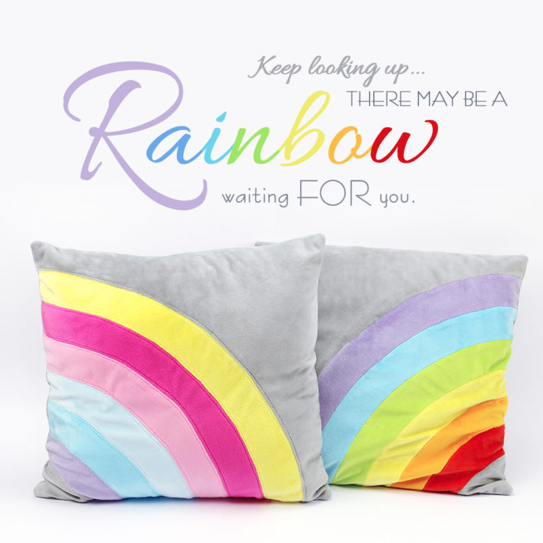 kostenloses schnittmuster kissen regenbogen mit anleitung. Black Bedroom Furniture Sets. Home Design Ideas