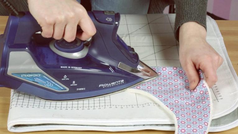 Dreieckstuch / Baby Halstuch nähen Anleitung: Bügeln