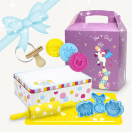 Geschenkset Backset mit süßer Einhorngeschenkverpackung