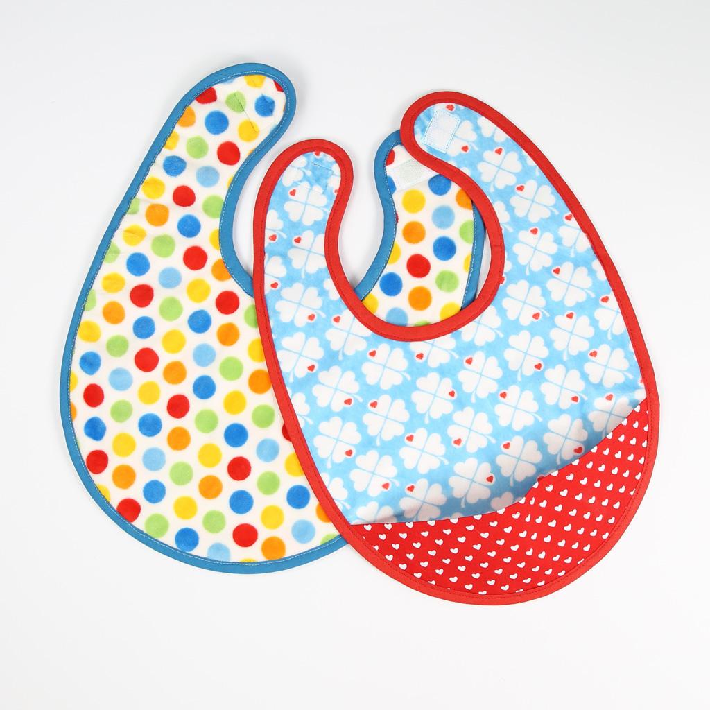 Kleckern erlaubt: Lätzchen nähen für Babys | kullaloo
