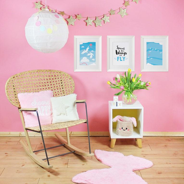 "Poster für Babyzimmer: A4 3er-Set mit Gänse Illustration und Spruch ""Spread your wings and fly"""