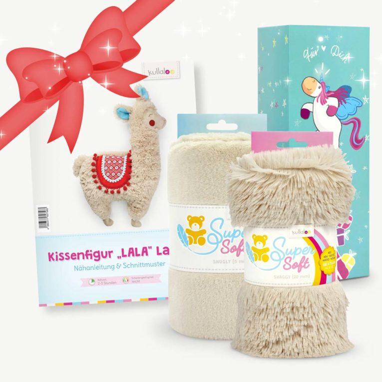Geschenkset mit Lama-Nähhanleitung und Plüsch in beige/latte