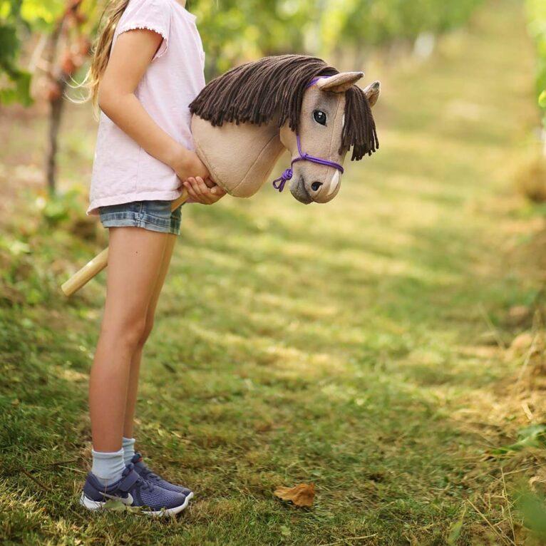 Hobby Horse Zubehör selber machen: Knotenhalfter