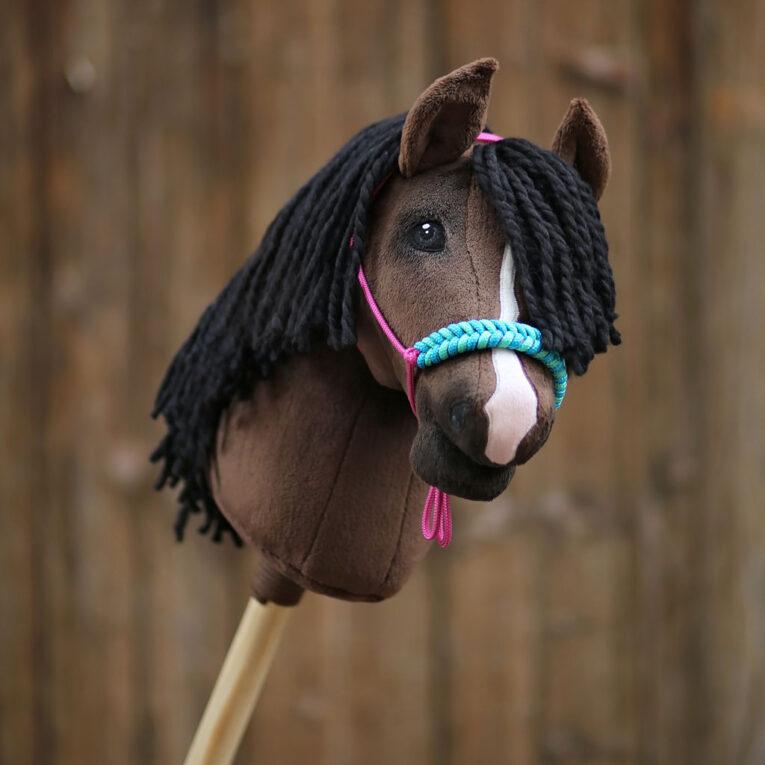 Hobby Horse dunkelbraun mit SNUGLY terrabraun