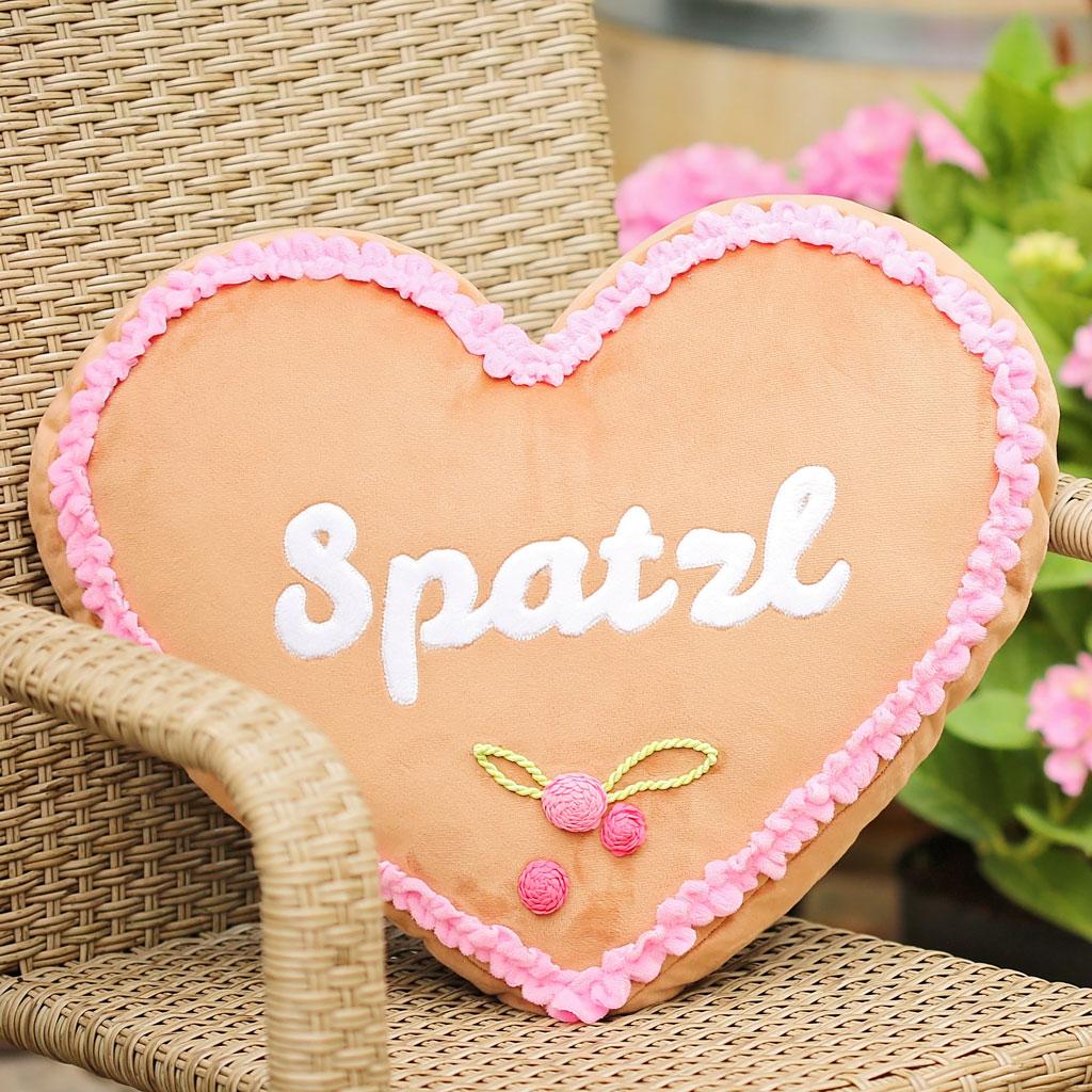 Valentinstag DIY: Lebkuchenherz-Kissen nähen